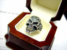 Roccia Men's Silver Black Diamond Skull Ring