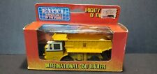 Ertl Mighty Movers of the World 1/80 Scale Diecast International 350 Hauler 1852
