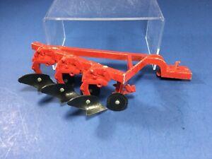 Vintage, ERTL International Harvester, Red 3-Bottom Disc Plow, 1:16, Made in USA