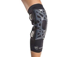 DonJoy Performance Webtech Knee Brace, Black, Large