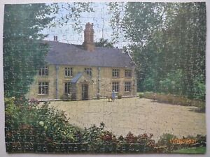 """Limited Addition Wooden Jigsaw Puzzle 550 Pieces """"Welton House"""" Complete"""