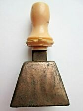 """Vintage 1940s Copper Metal Cow Bell w/ Pink Plastic Handle ~3"""" tall"""