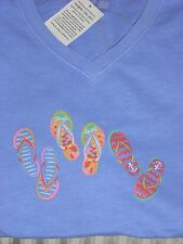 FRESH PRODUCE100% COMBED COTTON V-NECK TEE WITH VIBRANT FLIP FLOPS  ON PERI (L)