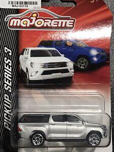 Majorette Pickup Series 3 Toyota Hilux Silver