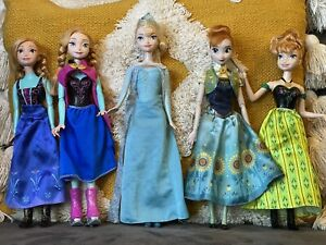 Disney Deluxe Frozen Elsa Anna Part 1 Fever Singing Skate Anna Bundle Of Dolls