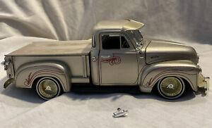 """Jada Toys 1953 Chevrolet 3100 Pick Up """"Street Low"""" Scale 1/24  Metal Die Cast"""