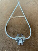 Lot of 1 Bender Wirth 995 G9.5 Base  Lamp Socket
