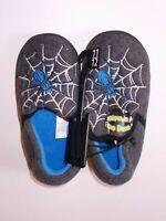 Wonder Nation Boys Grey Glow In The Dark Spider Slippers Size 5/6 OR 11/12