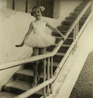PHOTO ANCIENNE - VINTAGE SNAPSHOT -ENFANT DANSE DANSEUSE PETIT RAT MODE -DANCE 2