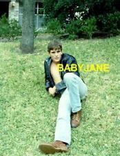 033 MATT DILLON CANDID BARECHESTED LYING ON GRASS COLOR PHOTO