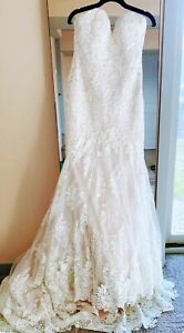 MARTINA LIANA  SZ 10 LACE MERMAID WEDDING DRESS