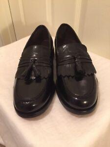 NUNN BUSH Mens 8.5 M Black Leather Tassel  Loafers Slip On Dress Flex Shoes