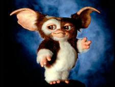 Gizmo (voiced by Howie Mandel) UNSIGNED photo - 854 - Gremlins