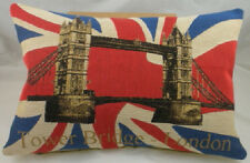 London Tower Bridge Union Jack coussin tissé TAPISSERIE BELGE - Evans Lichfield