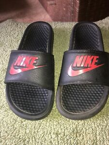 nike slides men size 7 black red logo