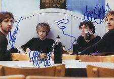 Delays Band Autogramme signed 20x30 cm Bild