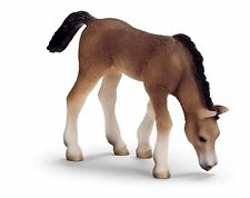 Arabian foal grazing by Schleich/toy/horse/13652/RETIRED