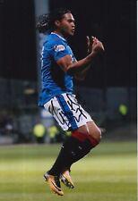 Rangers mano firmado Carlos Alberto pena 12X8 foto.