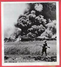 1942 Burning Oil Tanks Greet Japanese in Tandjong Java Original News Photo
