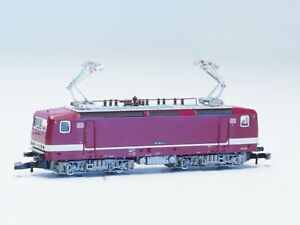 88431 Marklin Z-scale Electric Loco BR 143 DB red & white LED lights