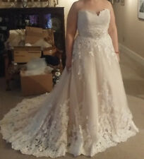 Allure Romance Size 20 WEDDING DRESS - Just in time for your Spring Wedding!
