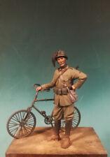 MMA MINIATURES 54125 Bersagliere italiano WWI (con bicicletta) 54 mm.