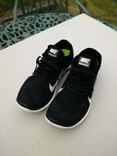Nike Free Flyknit 4.0 Black White SIze UK 9 Great Condition