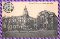 Avignon - Le théâtre et la mairie