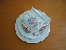 BEAUTIFUL VINTAGE ROYAL ALBERT COLLEEN TRIO SET CUP, SAUCER & SIDE PLATE ENGLAND
