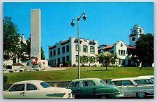 Snohomish County Court House in Everett, Washington War Memorial Postcard Unused