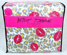 Betsey Johnson 3-Pc Full/Queen Quilt Set w/Shams Leopard Smooch Microfiber BNWT