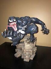 Venom Comiquette Sideshow Statue #0068/1100
