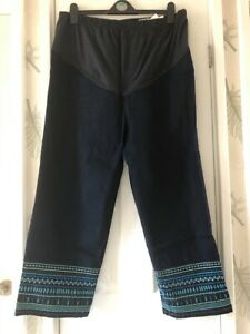 BRAND NEW NEXT MATERNITY CROPPED EMBROIDERED JEANS SIZE 16 LONG LEG