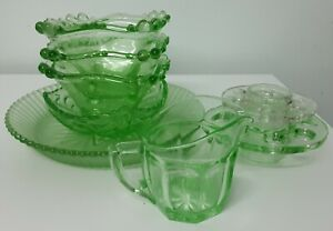 8 x Pieces of 1930's Depression Glass (assorted)