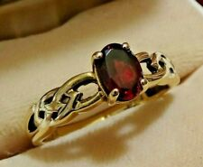 Vintage 9ct Gold and Garnet Ring - Celtic Styling