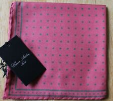 Cesare Attolini Silk Spotted pocket square 30cm. New with tag