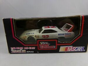 Racing Champions White 1970 Plymouth Superbird 1:43 092321DMT2