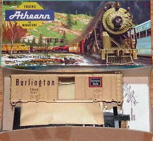 ATHEARN 40 FT BOX CAR KIT BURLINGTON CB&Q 61417 GOLD