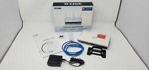 D-Link Wireless N300 Mbps Extreme-N Gigabit Router DIR-655 - Open Box
