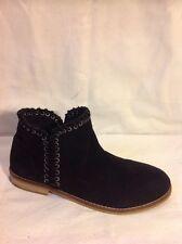 Girls Zara Girls Black Suede Boots Size 33