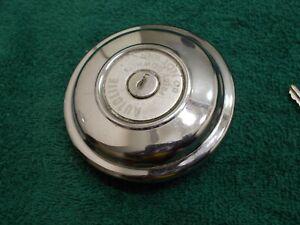 Autolite Locking Gas Petrol Cap FC-83 Econoline 61-67 Pickup & Van XO1906 VENTED