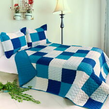 Blue Crystal 3Pc Vermicelli-Quilted Patchwork Quilt Set (Full/Queen Size)