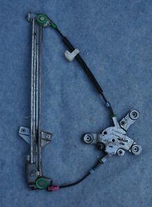 AUDI 100 / A6 / A8 - mécanisme vitre avant droite 4A0 837 398 B