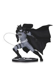 BATMAN Black & White Statua IVAN REIS UK venditore NUMERO: 96 di 5200