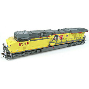 Athearn Genesis HO GE ES44AC GEVO Union Pacific UP #5529 DC LED ATHG83087