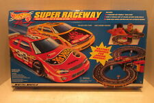 Mattel Hot Wheels Super Raceway Battery Powered Slot Car Toy Set 65796 Race Cars