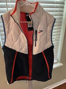 Nike Sportswear Heritage Insulated Vest Mens Size Small CU4450-104