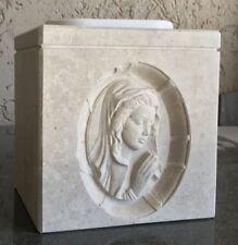 Vaso Per Cimitero con scultura Madonnina