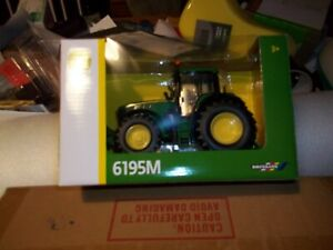 BRITAINS  43150A1 JOHN DEERE 6195 M  TRACTOR    NEW BOXED