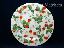 "ROY KIRKHAM ~ ALPINE STRAWBERRY 10 1/2"" DINNER PLATE IN VERY GOOD CONDITION"